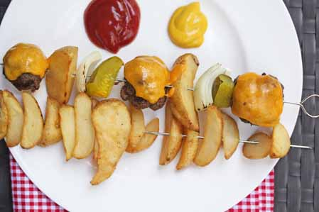 cheeseburger kebabs5 Cheeseburger n Fries Kebabs